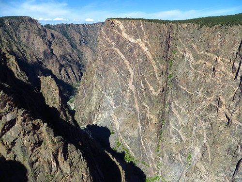 cliff black mountains nature beautiful nationalpark scenery colorado natural canyon geology steep blackcanyonofthegunnison schist pegmatite gneiss