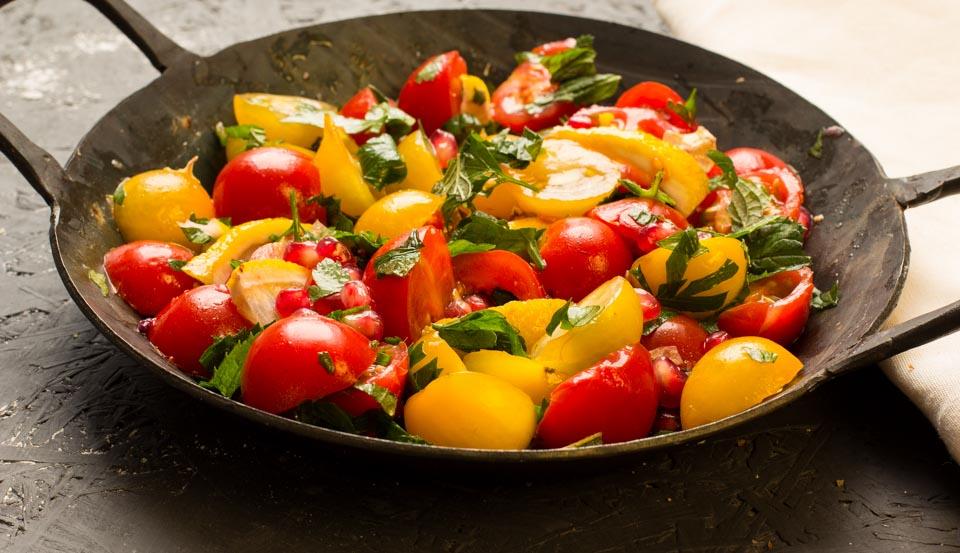 Ottolenghi Tomatensalat mit gerösteten Zitronen