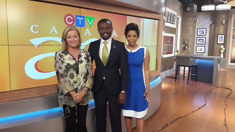 Jefferson with CTV's Beverly Thomson and Marci Len in Toronto