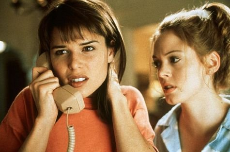 scream-movie-neve-campbell-rose-mcgowan