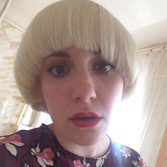 ncKUtoeD_400x400 Lena Dunham bowl haircut