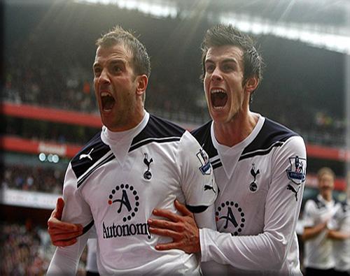 picture of Rafael Van der Vaart and Gareth Bale