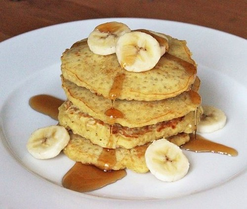 diy-healthy-quinoa-pancakes-yummy-recipe