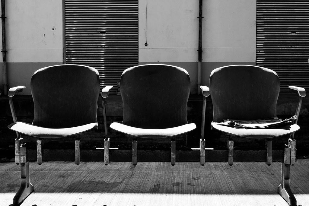 月台的椅子
