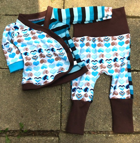Bumstoppers BumSpot Pants 0-6 months 0-3  Kimono Blue Hearts