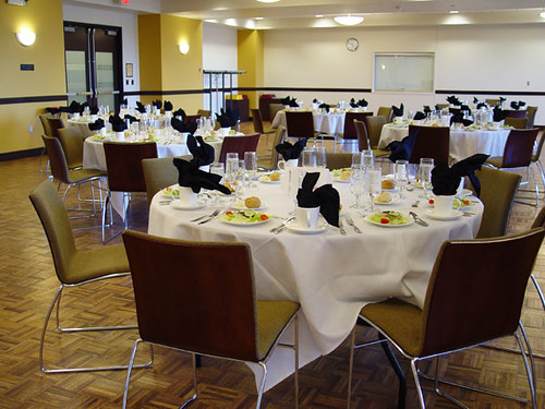 CMU Mississippi Room - Banquet Rounds