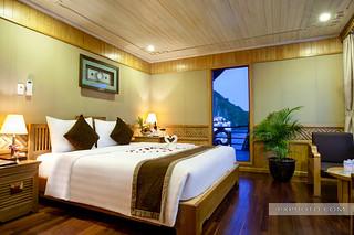 Honneymoon Suite - Pelican Cruise