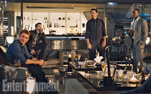 140717(1) - 英雄累了…「快銀」飆了!2015年電影《Avengers: Age Of Ultron》(復仇者聯盟2:奧創紀元)公開8張劇照&故事大意! 7