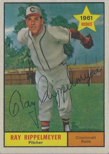 1961 Topps / Rookie - Ray Rippelmeyer #276 (Pitcher) - Autographed Baseball Card (Cincinnati Reds)