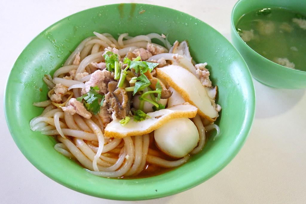 Soon Lee Mushroom Minced Pork Noodle @ Pek Kio Food Centre
