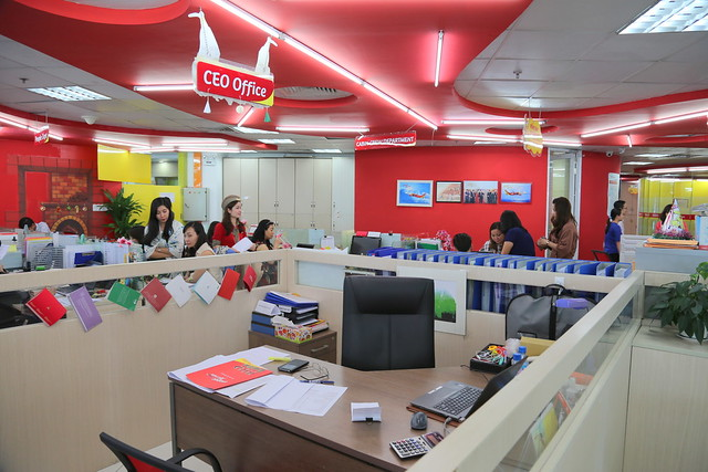 "This is the VietJet CEO ""office"""