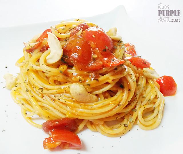 Tomato-Basil Spaghetti using Clara Ole Chunky Tomato with Basil Pasta Sauce
