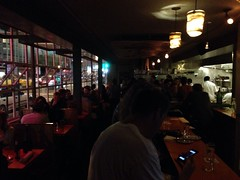 Wandered into @ChubbyNoodleSF on its 38th day serving pan-Asian seafood, meat & of course noodles in the Marina. So impressed how packed this previously forlorn, slim Lombard Street restaurant is! The hip-hop music & robust bar menu might be its secret