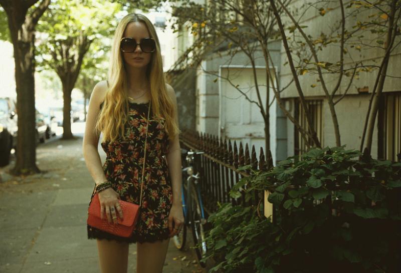 LittleMistress_FloralRomper_Forever21PlatformSandals