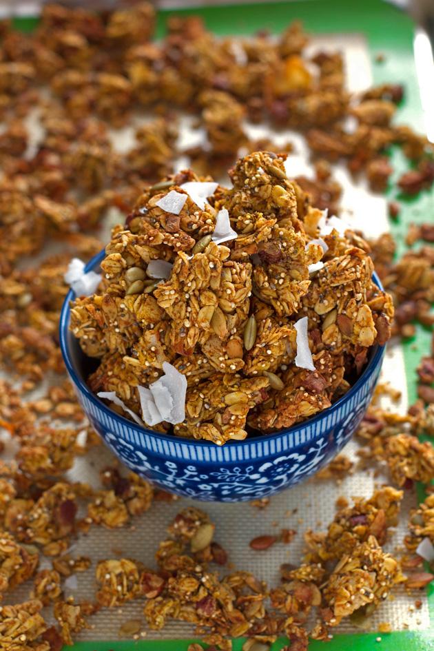 Crunchy Pumpkin Spice Granola with Big Clusters