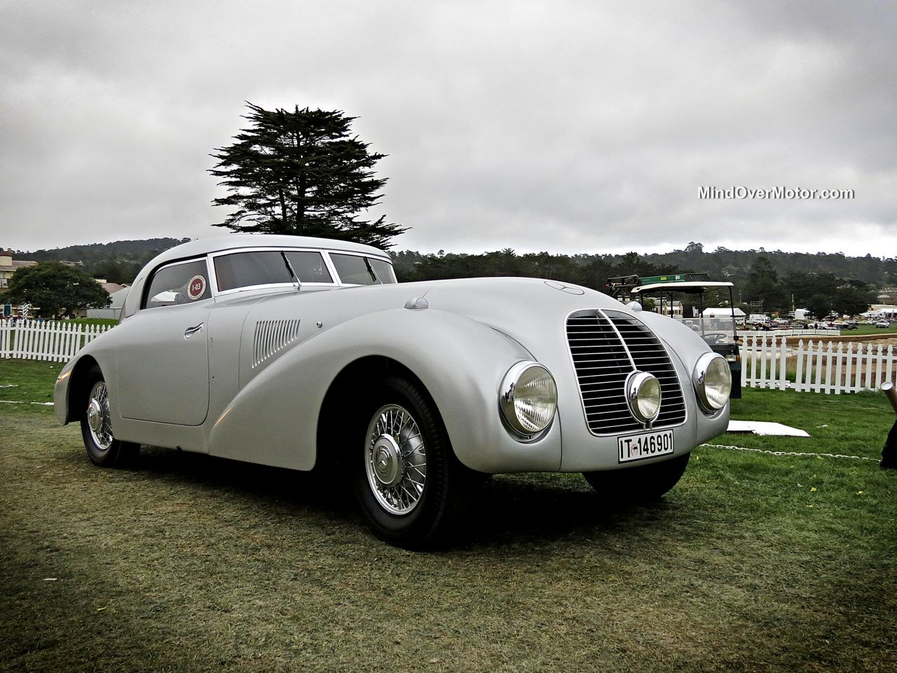 Pebble Beach 2014 Mercedes 540K Streamliner