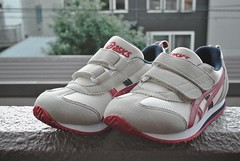 outdoor shoe, sneakers, footwear, white, shoe, red, grey, athletic shoe, pink,