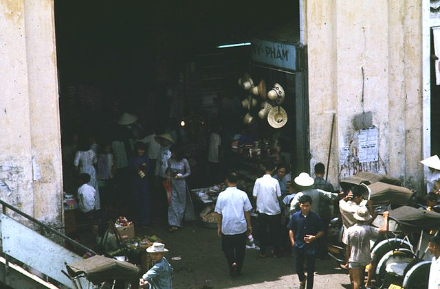 SAIGON 1969-70 by Michael G. Anderson - CENTRAL MARKET
