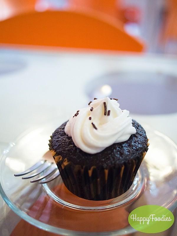 Chocolate cupcake (P30)