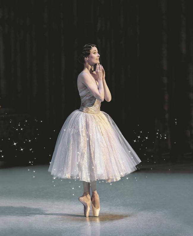 Cinderella_AmberScott_photoLynetteWills-1_