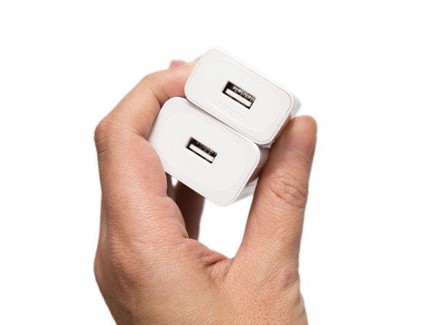 華為 Mate 9 / Mate 9 Pro 適用充電器 – 原廠 SCP / FCP 充電器 / UGREEN 綠聯 QC3 雙協定充電器 @3C 達人廖阿輝