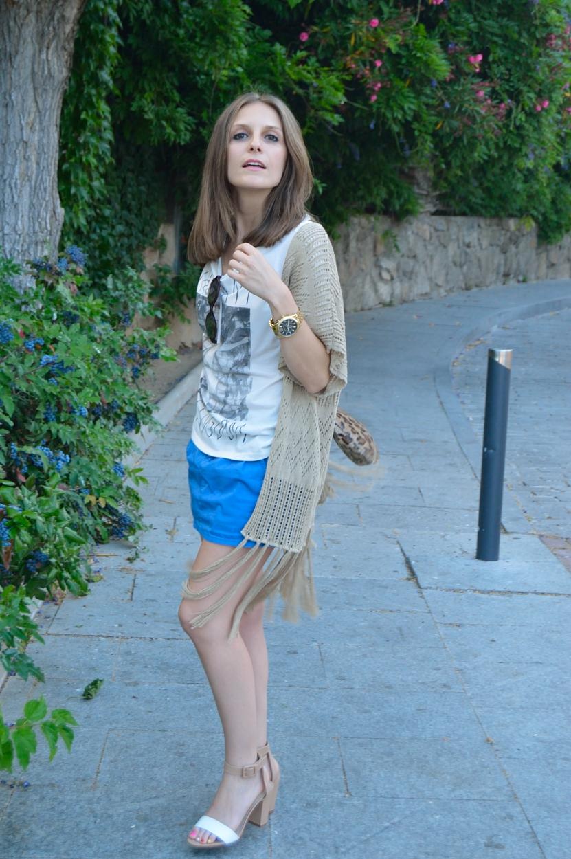 lara-vazquez-madlula-blog-style-fashion-blue-brown-white