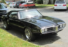 convertible(0.0), automobile(1.0), automotive exterior(1.0), vehicle(1.0), performance car(1.0), pontiac firebird(1.0), land vehicle(1.0), muscle car(1.0), sports car(1.0),