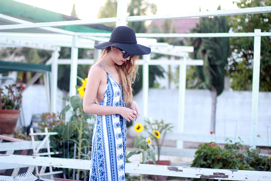 Flynn Skye Slip Maxi Dress, Wool Floppy Hat, Missguided sandals, Celine Papillon sunglasses, body chain