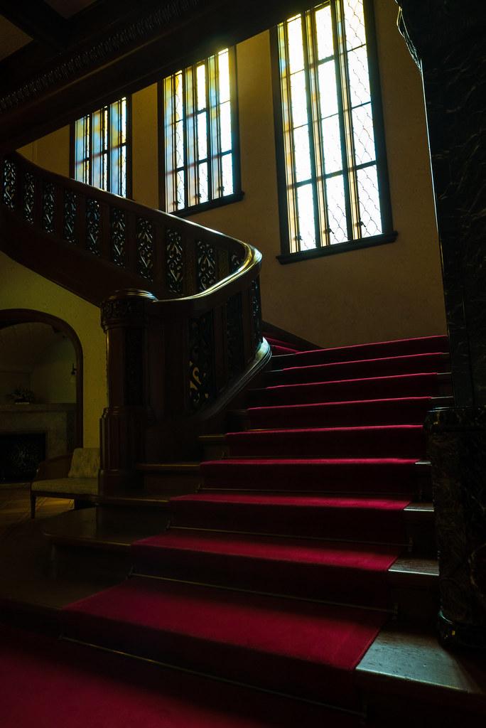 旧前田侯爵邸-階段-