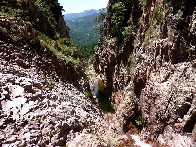 En haut de la 2ème grande cascade de Lora