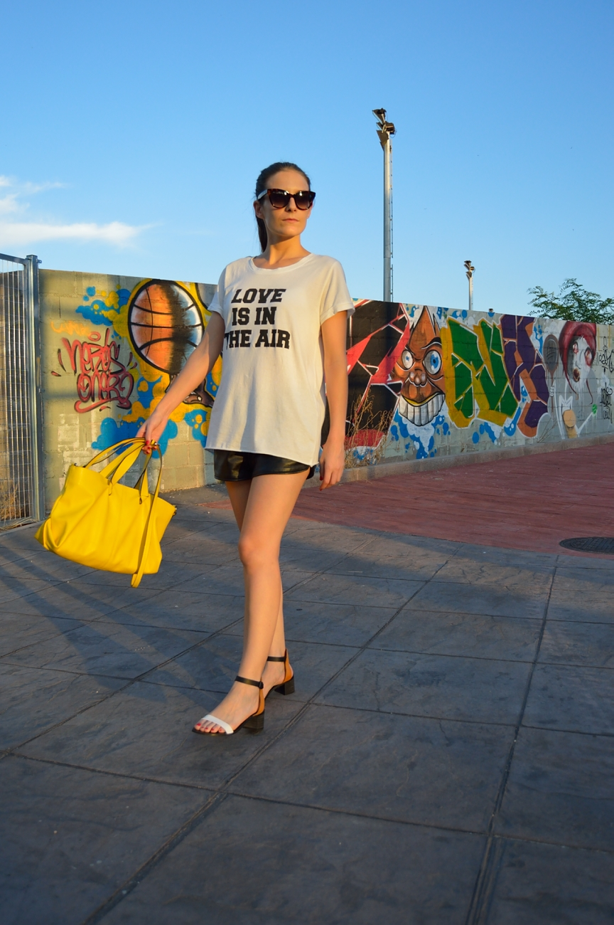 lara-vazquez-madlula-fashion-style-blog-yellow
