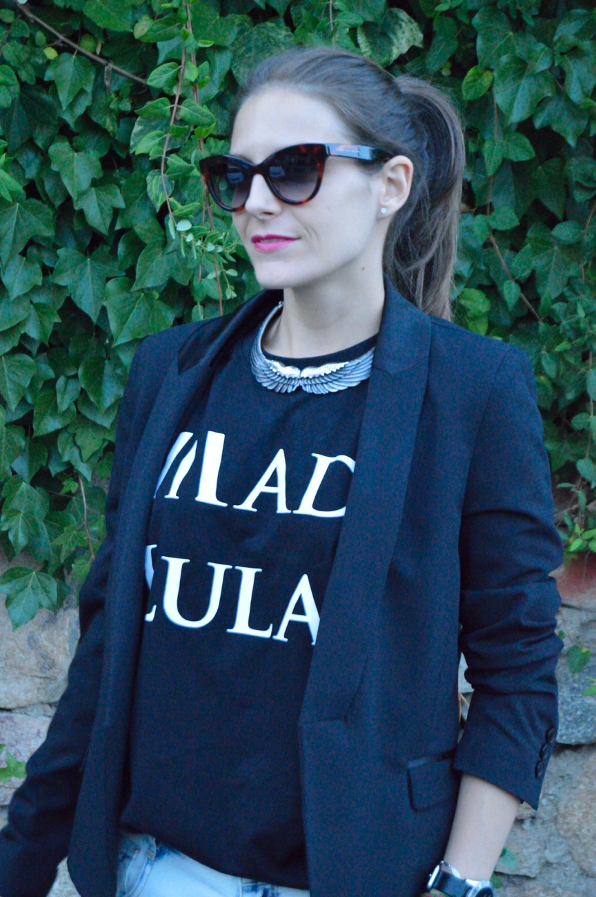 lara-vazquez-mad-lula-fashion-style-tee