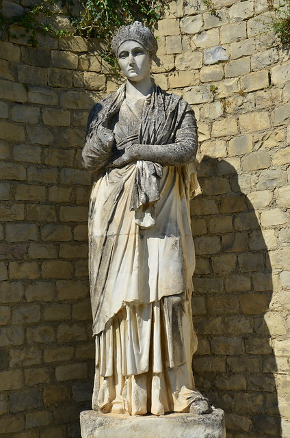 Modern replica of the statue of Empress Sabina, found alongside that of her husband Hadrian, Vaison-la-Romaine, Vasio Vocontiorum, Vaison-la-Romaine, France