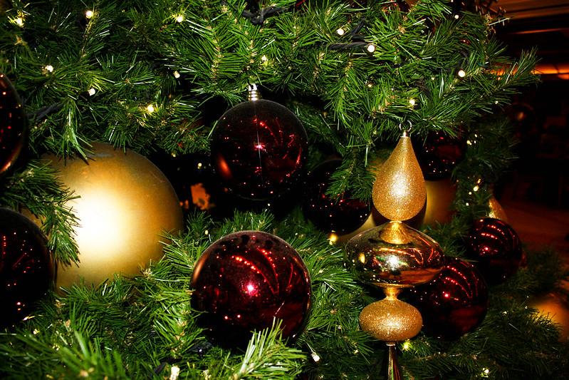 Promenade Christmas Tree
