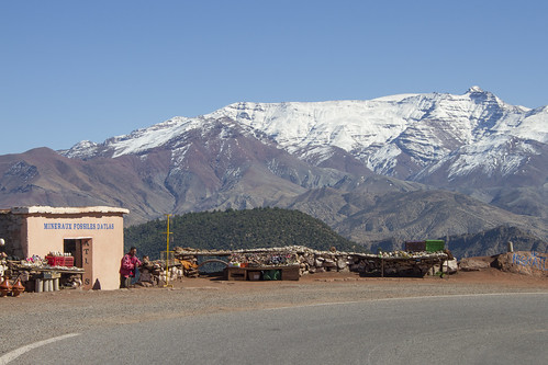 2014-02-20z2 Fossil stall and the High Atlas Mountains