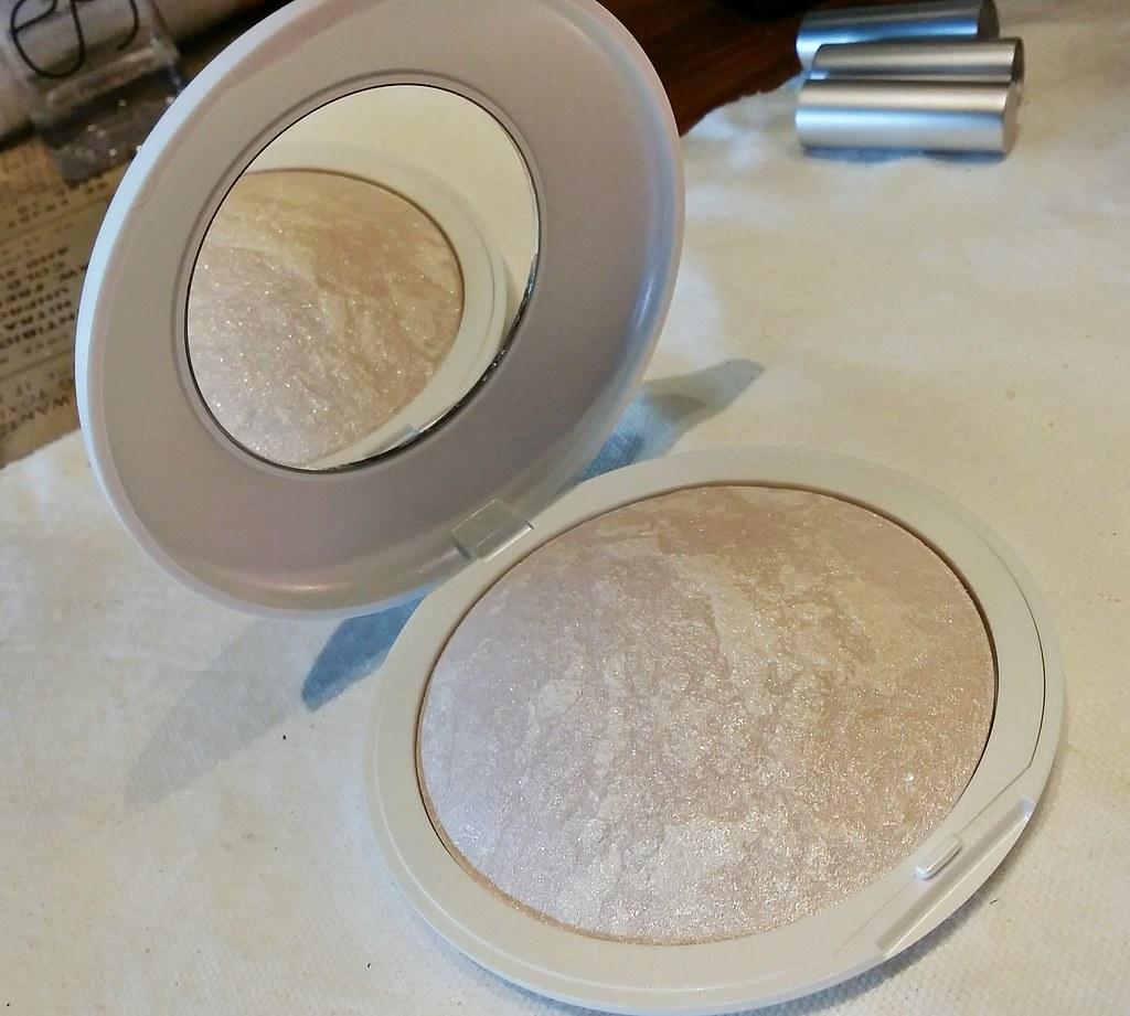 Tleclerc-shimmer-powder
