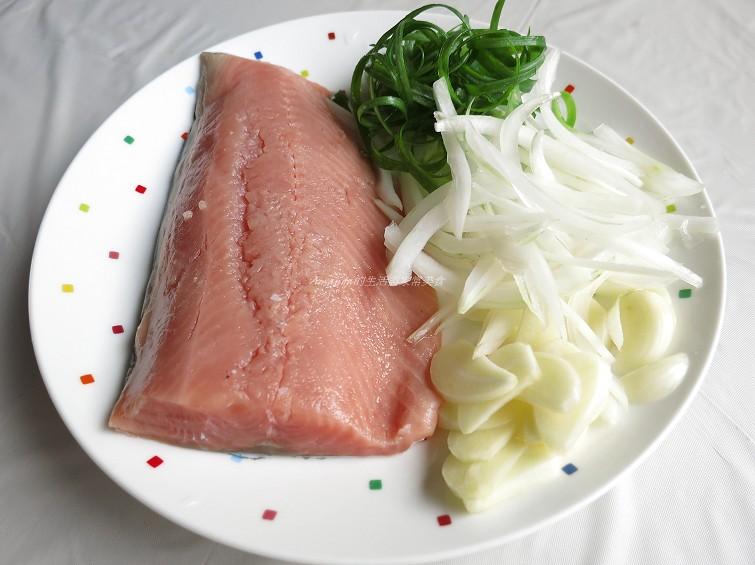 黑胡椒鮭魚 (2)