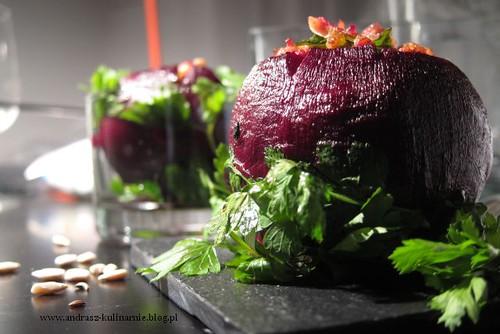 Buraki faszerowane mięsem oraz kaszą