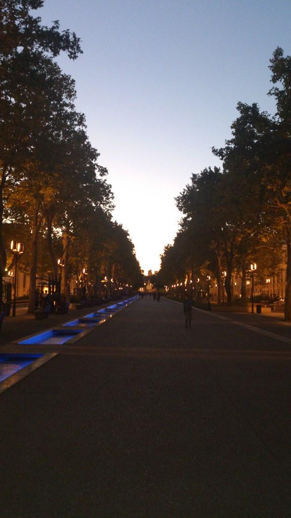 Nimes - Avenue Feuchères