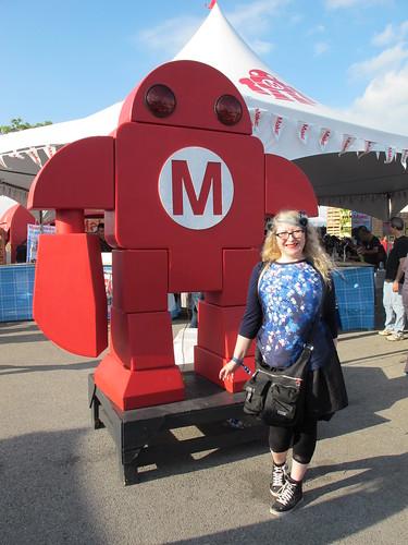 Posing with Make Robot