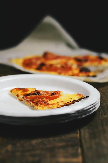 ccauliflower pizza crust #glutenfree #food #foodphotography #foodstyling