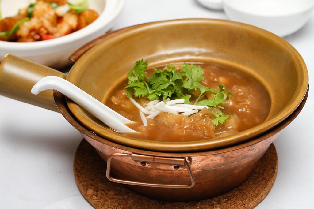 平泰潮州海鲜餐厅:清汤烩鱼肚蟹肉vwin备用