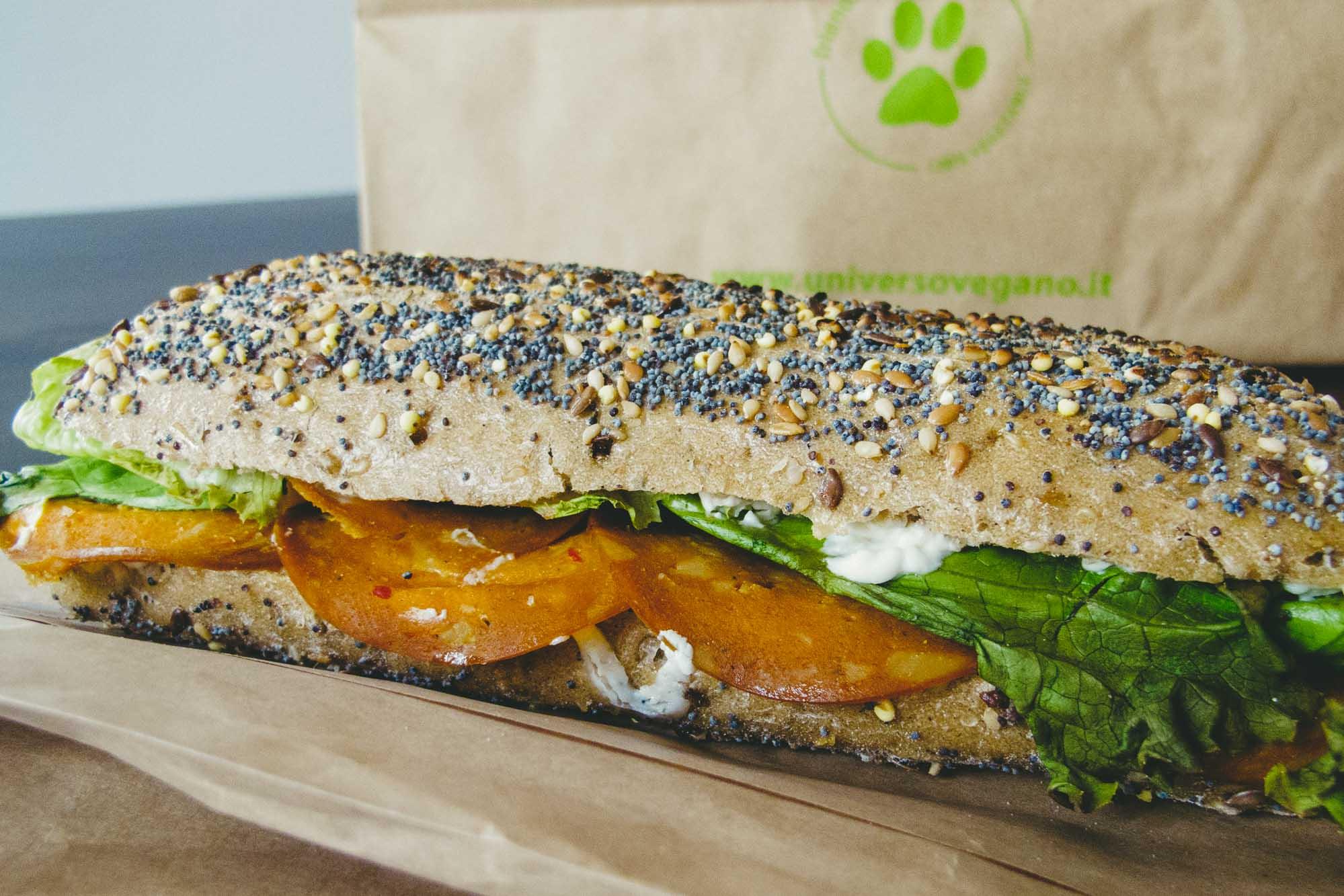 Universo Vegano Vegan Classic Sandwich