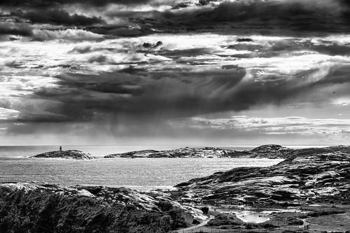 sea summer rain sweden sverige regn hav bohuslän tanum västkusten grebbestad klippor västragötalandslän tjurpannansnaturreservat