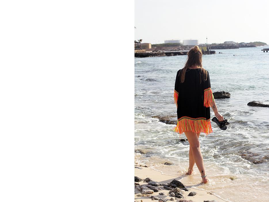 POSE-beach-dance-5