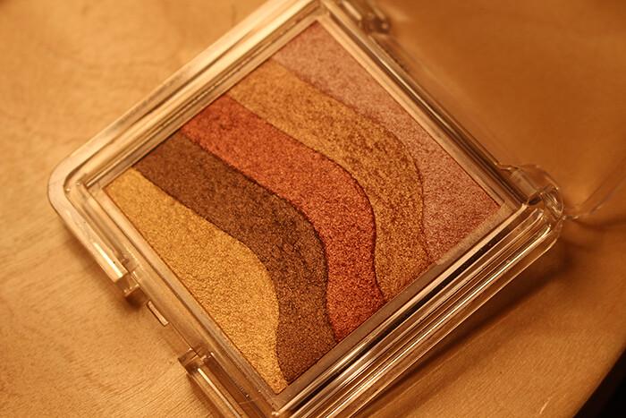 The_Body_Shop_Shimmer_Brick