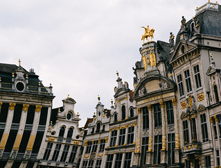 Curved Brussels