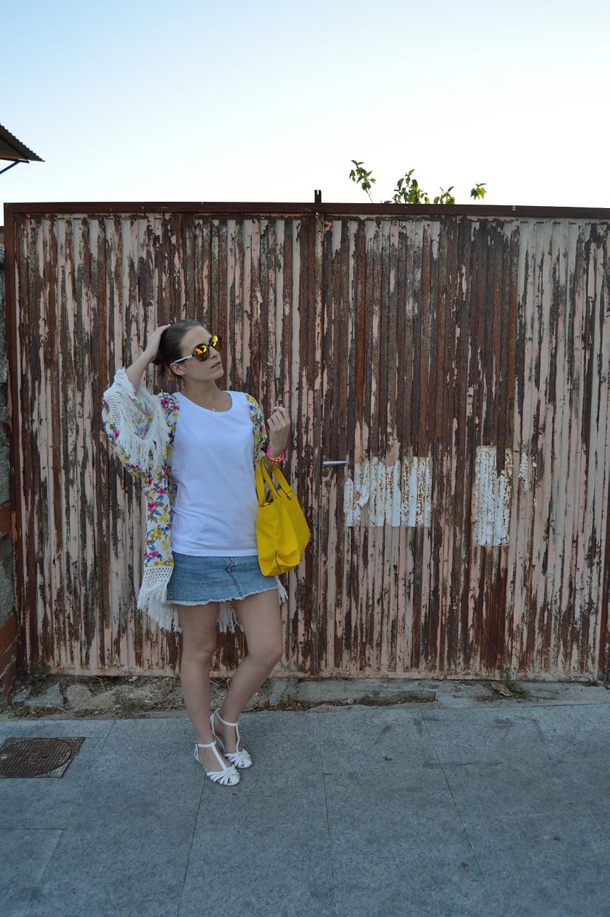 lara-vazquez-madlula-blog-style-fashion-fringes-summer-look