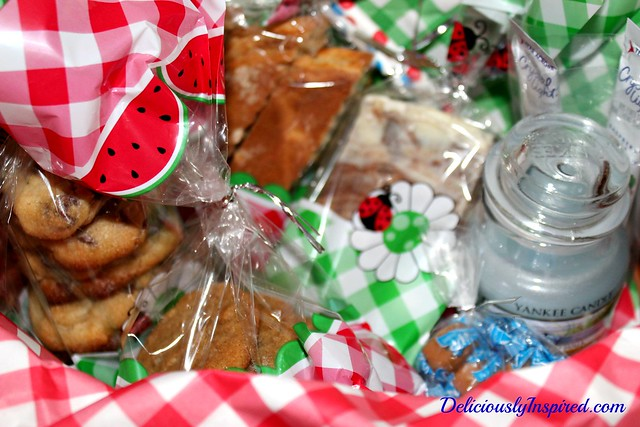 Molasses Cookies - inside basket