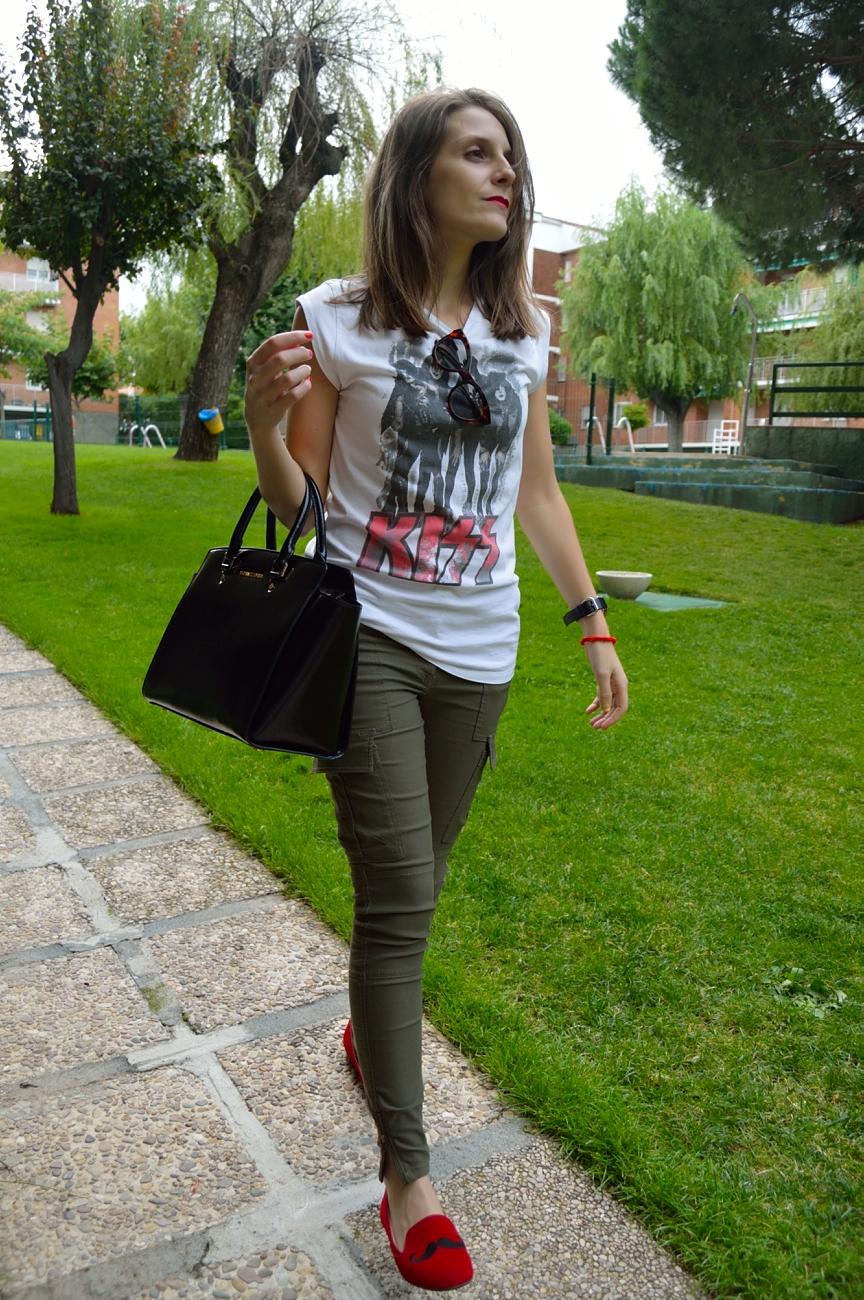 lara-vazquez-mad-lula-fashion-style-kiss